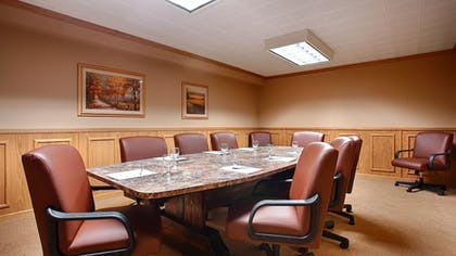 Meeting Facility | Magnuson Grand Pioneer Inn and Suites