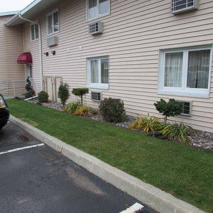 Property Grounds | Magnuson Grand Pioneer Inn and Suites