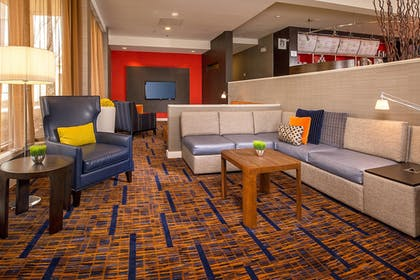 Lobby | Courtyard by Marriott Baltimore Hunt Valley