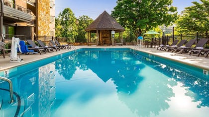 Pool | Best Western Plaza Inn