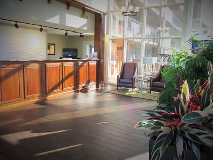 Interior Entrance | Best Western Plaza Inn