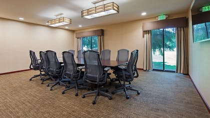 Meeting Facility | Best Western Plus Plaza by the Green