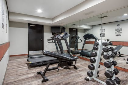 Fitness Facility | Quality Inn
