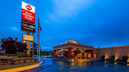 Featured Image | Best Western Plus Burlington