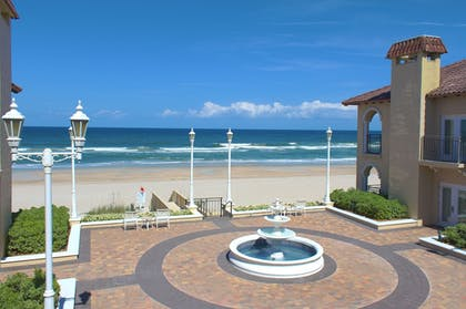 Courtyard | The Lodge and Club at Ponte Vedra Beach