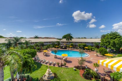 Aerial View | Best Western Palm Beach Lakes