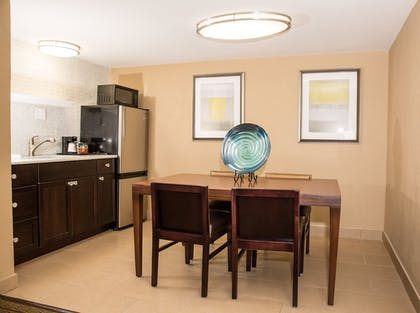 Room | Best Western Palm Beach Lakes
