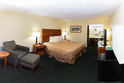 Guestroom | Angel Inn by the Strip