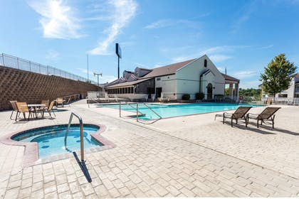 Outdoor Pool | Angel Inn by the Strip