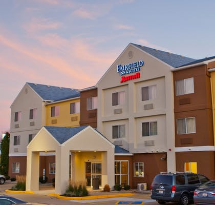 Hotel Front - Evening/Night | Fairfield Inn & Suites Joliet North/Plainfield