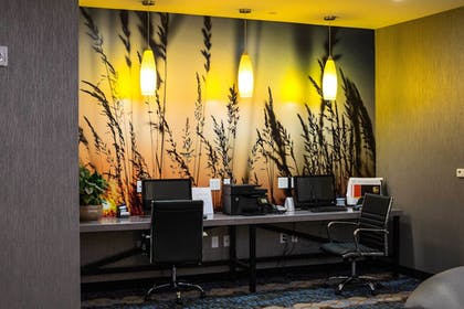 Business Center | Holiday Inn Express & Suites Oklahoma City Southeast I-35