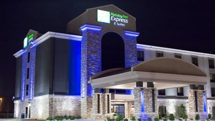 Exterior | Holiday Inn Express & Suites Oklahoma City Southeast I-35