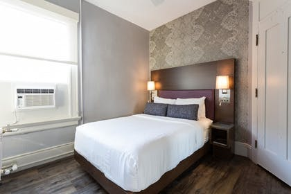 Guestroom | The Cartwright Hotel - Union Square BW Premier Collection