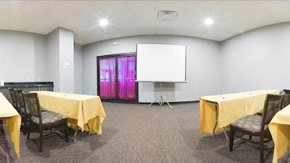 Meeting Facility | Holiday Inn Express Los Angeles Airport