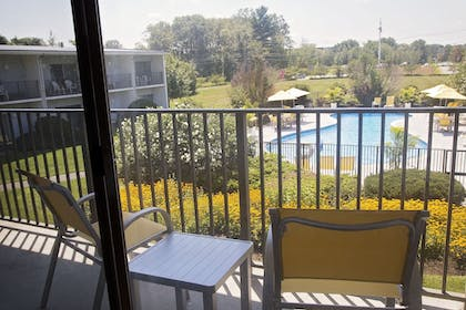 Pool | Best Western At Historic Concord