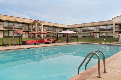 Pool | Best Western Culpeper Inn