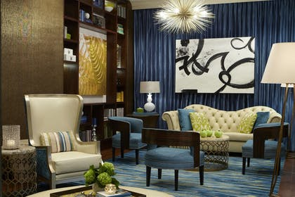 Lobby Sitting Area | The Vinoy Renaissance St. Petersburg Resort & Golf Club