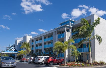 Exterior | Best Western Plus Siesta Key Gateway