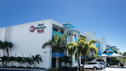 Featured Image | Best Western Plus Siesta Key Gateway