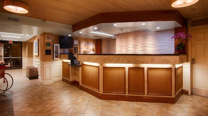 Lobby | Best Western Plus Siesta Key Gateway
