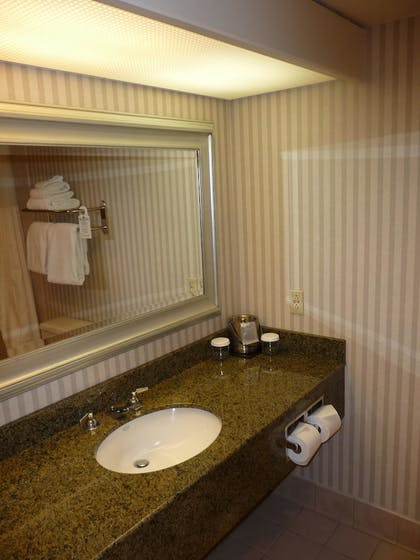 Guestroom | The Riverside Hotel, BW Premier Collection
