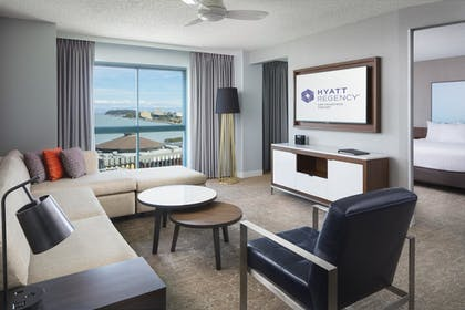 | Business Suite + 2 Queen Bed | Hyatt Regency San Francisco Airport