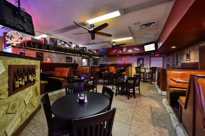 Hotel Bar | Budget Inn and Suites