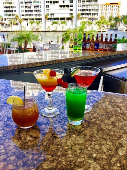Sports Bar | GALLERYone - a DoubleTree Suites by Hilton Hotel