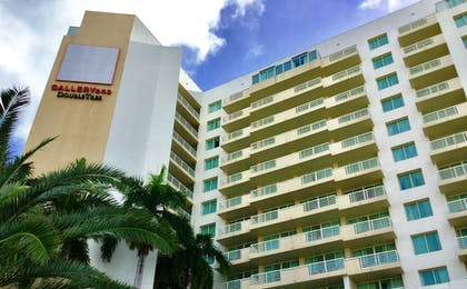 Exterior detail | GALLERYone - a DoubleTree Suites by Hilton Hotel