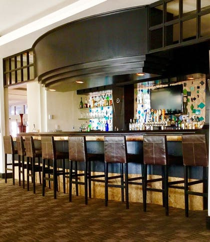 Hotel Bar | GALLERYone - a DoubleTree Suites by Hilton Hotel