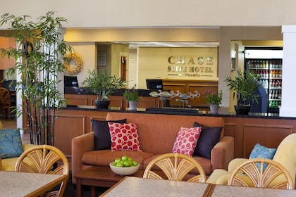 Lobby | Chase Suite Hotel Tampa