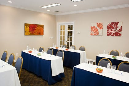 Meeting Facility | Chase Suite Hotel Tampa