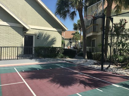 Basketball Court | Chase Suite Hotel Tampa