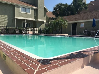 Pool   Chase Suite Hotel Tampa
