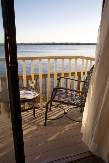 Terrace/Patio   Chase Suite Hotel Tampa