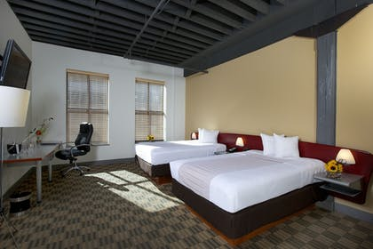 Guestroom | Crowne Plaza Hotel Downtown - Columbus, Ohio