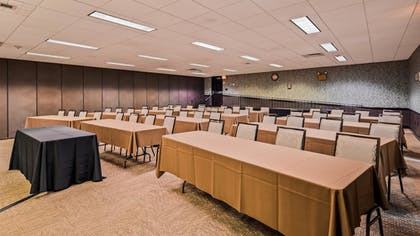 Meeting Facility | Best Western Plus Country Cupboard Inn