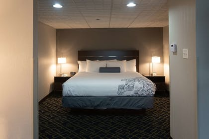Room | Best Western Inn at Hunt's Landing
