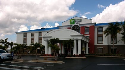 Exterior | Holiday Inn Express Hotel & Suites Lake Okeechobee