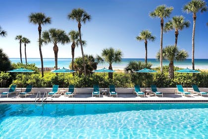Outdoor Pool | The Resort at Longboat Key Club