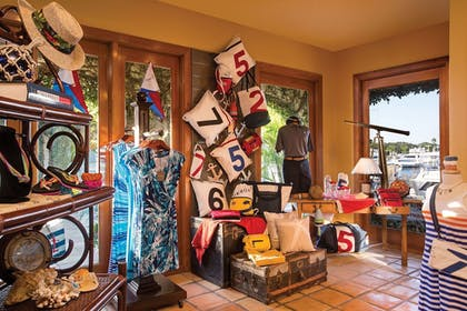 Gift Shop | The Resort at Longboat Key Club