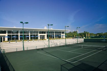 Sports Facility | The Resort at Longboat Key Club