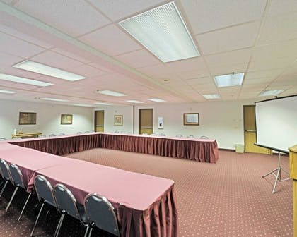 Meeting Facility | Comfort Suites Portland Airport