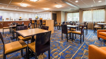 Dining | Best Western Plus Portland Airport Hotel & Suites