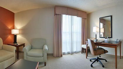 Guestroom | Atrium Hotel and Suites