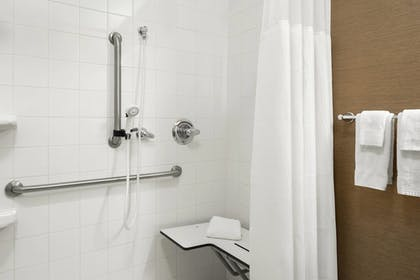 Bathroom | Fairfield Inn & Suites by Marriott Lima