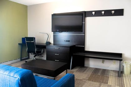 Guestroom | Holiday Inn Express Atlanta W/ I-20/ Douglasville