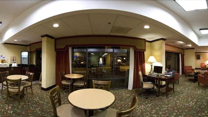 Breakfast Area | Holiday Inn Express Atlanta W/ I-20/ Douglasville