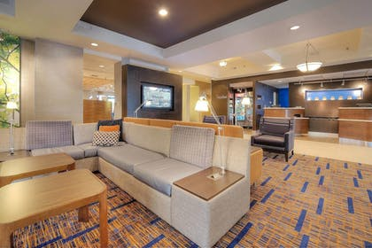 Lobby | Courtyard by Marriott Raleigh Crabtree Valley