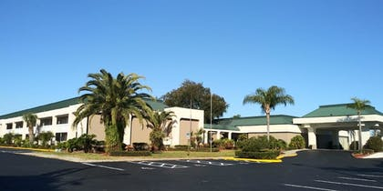 Featured Image | SureStay Plus Hotel by Best Western Clearwater Central